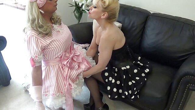 ホットポルノの登録なし  痩せやすい金髪の演劇の商品 女子 向け アダルト 無料 動画